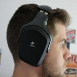 Logitech G930 Testbericht am Kopf